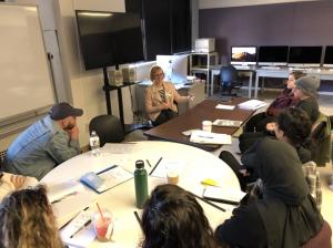Writer Amanda Hess speaks with Hunter journalism students in Prof. Douglas Alden's feature writing class last week. Photo: Douglas Alden