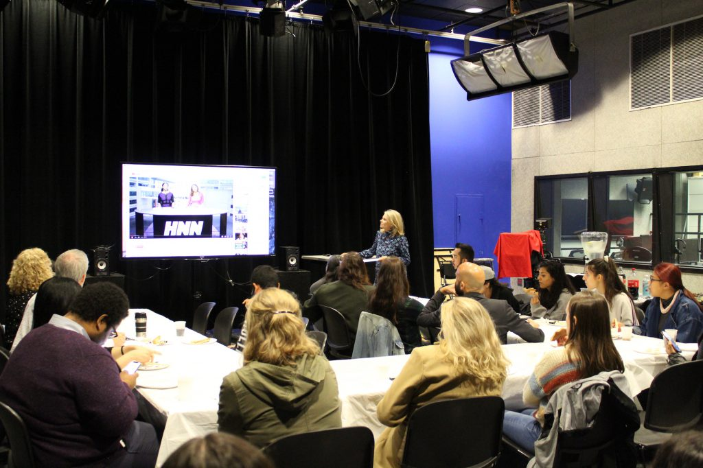 Two dozen students at an Oct. 23 Journalism Program event heard from Director Sissel McCarthy, learned about spring course offerings and met new and returning faculty members. PHOTO: Kalli Siringas