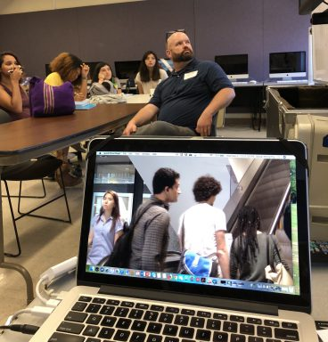 CNN producer and video journalist Jonathan O'Beirne shared his expertise, tips and enthusiasm with MEDPL 283 News Video Reporting students on Sept. 5.
