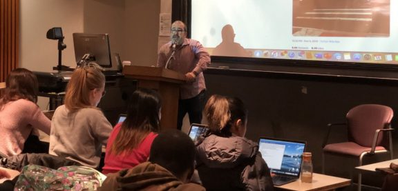 ProPublica's Eric Umansky speaking to Hunter College news literacy told students.